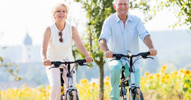 Best Hybrid Bikes For Seniors